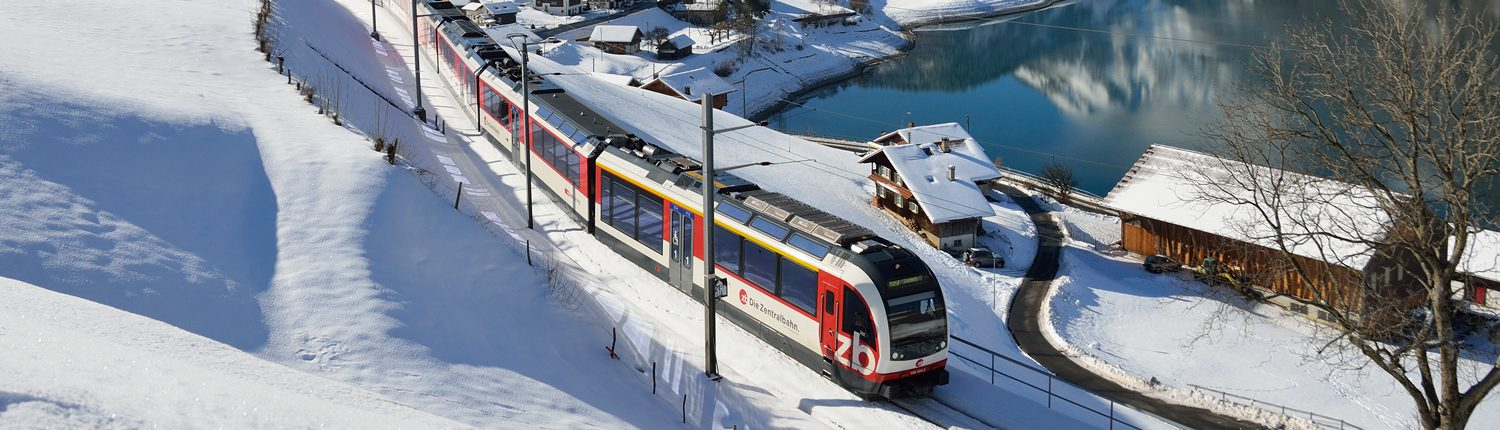 Luzern–Interlaken-Express in winter