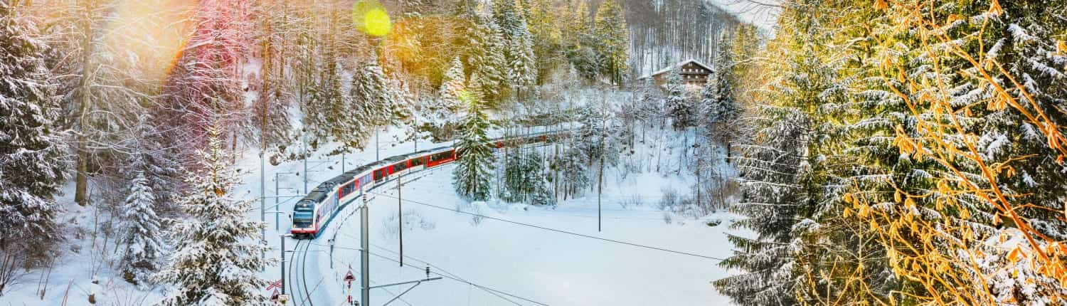 Luzern–Interlaken Express in winter