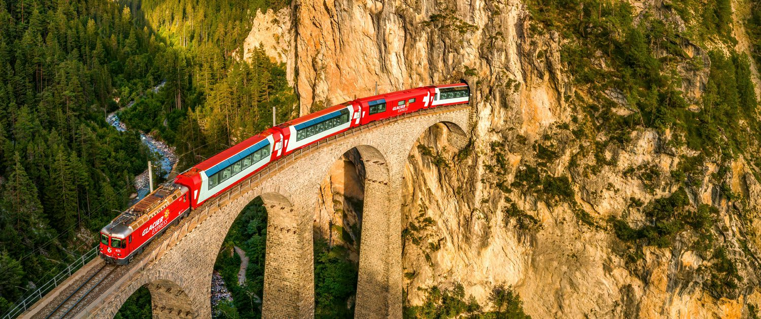Glacier Express on the Landwasser Viaduct, Graubünden
